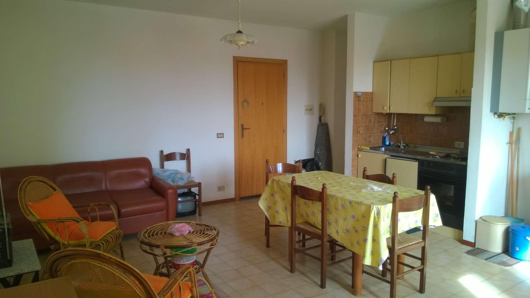 Appartamento in vendita a Porto Sant'Elpidio, 3 locali, prezzo € 55.000 | Cambio Casa.it