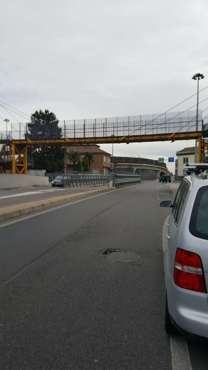Negozio / Locale in affitto a Busto Arsizio, 9999 locali, prezzo € 550 | Cambio Casa.it