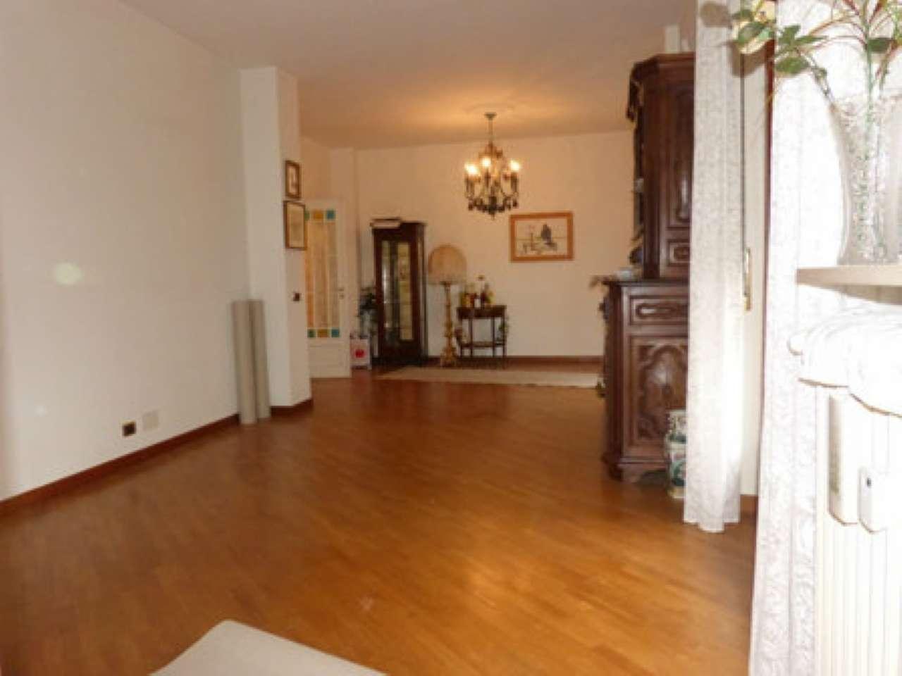 Appartamento in vendita a Fossano, 4 locali, prezzo € 360.000 | Cambio Casa.it