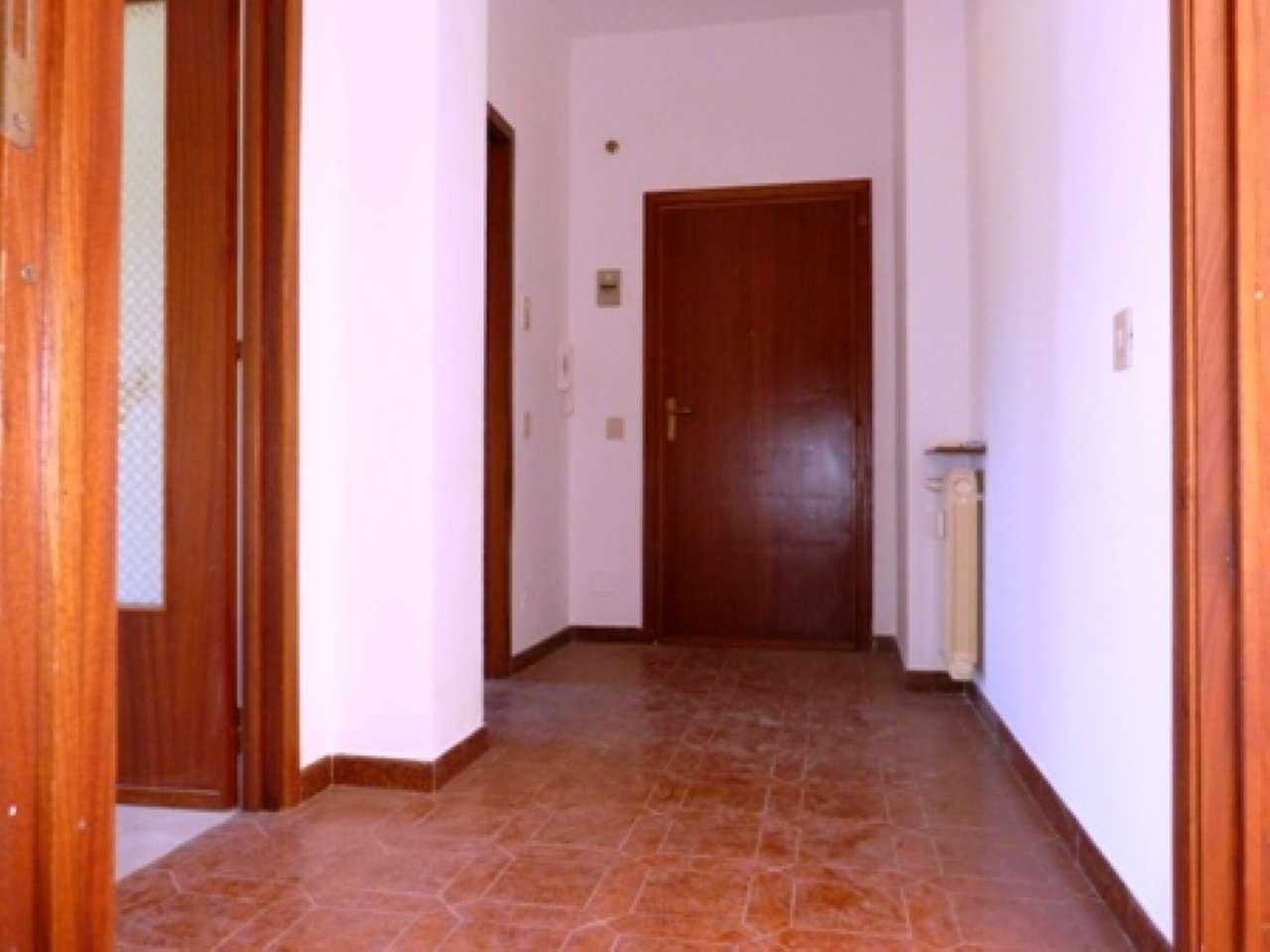 Foto 1 di Trilocale Via Morozzo 00, Sant'albano Stura