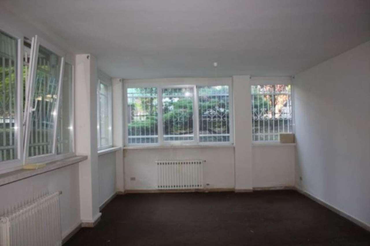 Ufficio / Studio in affitto a Legnano, 1 locali, prezzo € 420   Cambio Casa.it