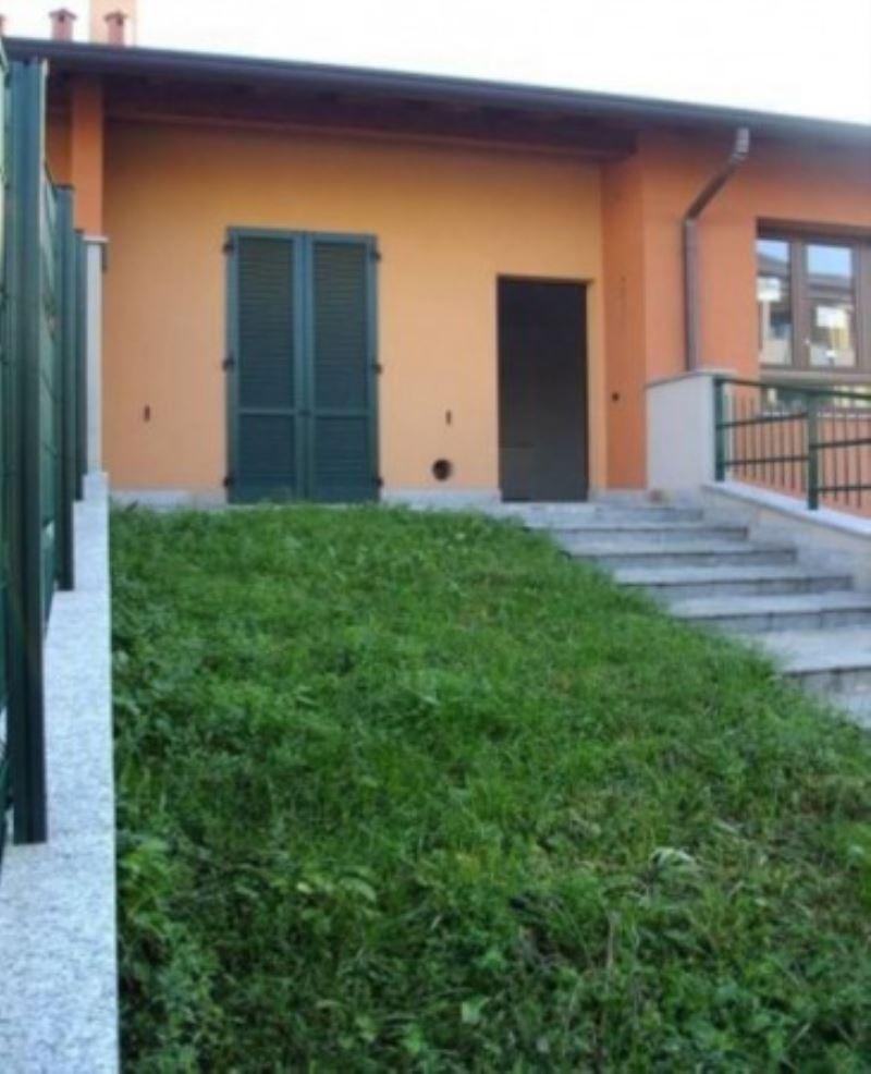 Villa in vendita a Villa Cortese, 6 locali, prezzo € 299.000 | Cambio Casa.it