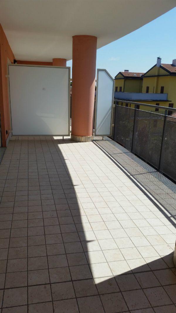 Appartamento in vendita a Magnago, 3 locali, prezzo € 168.000 | Cambio Casa.it
