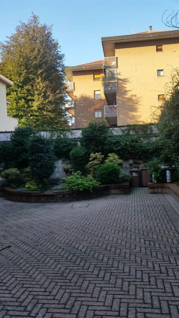 Bilocale Legnano Via Genova 4
