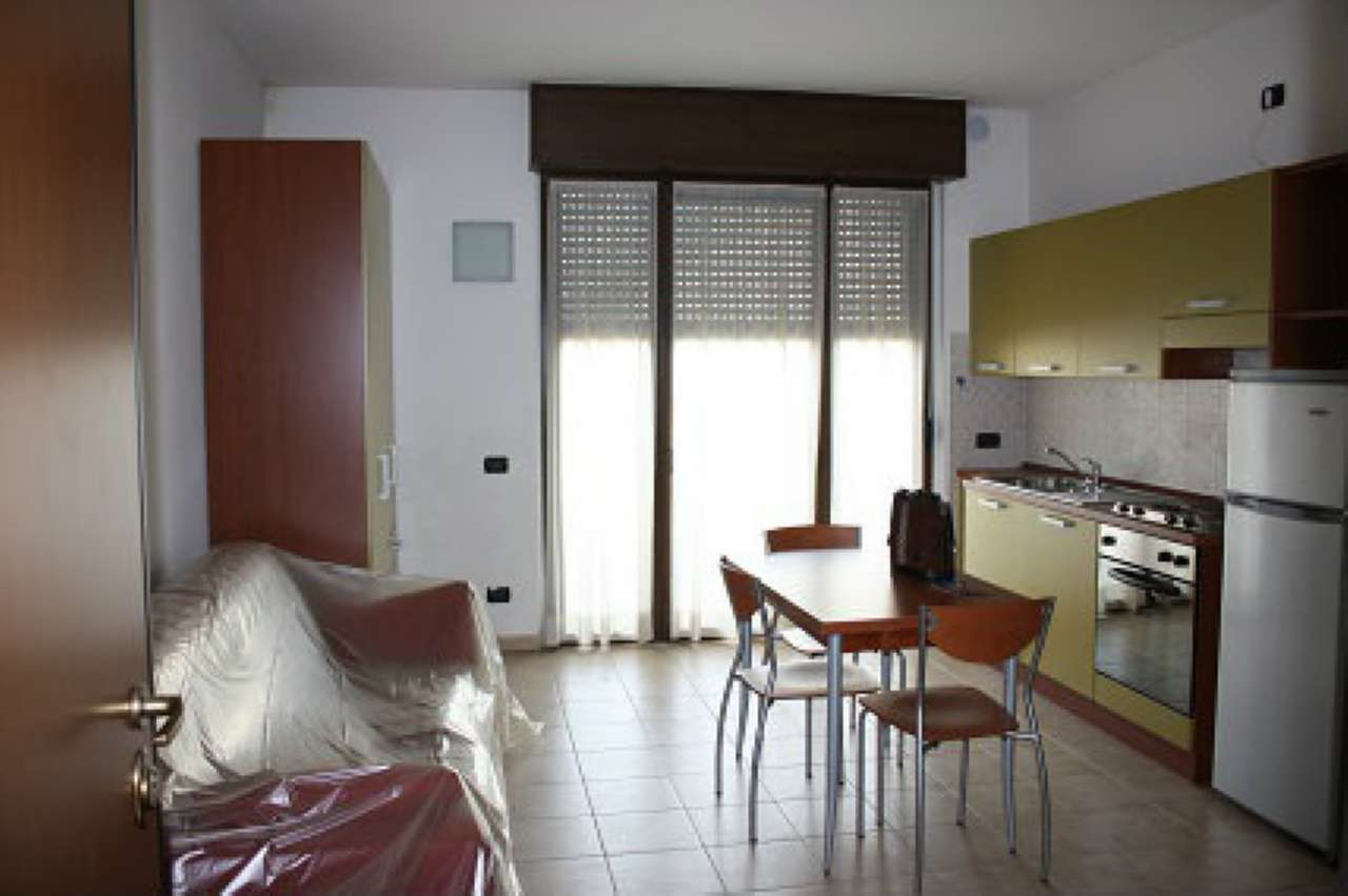 Appartamento in affitto a Parabiago, 1 locali, prezzo € 450 | CambioCasa.it