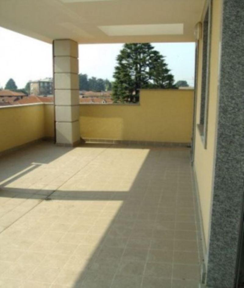 Attico / Mansarda in vendita a Busto Garolfo, 4 locali, prezzo € 330.000 | Cambio Casa.it