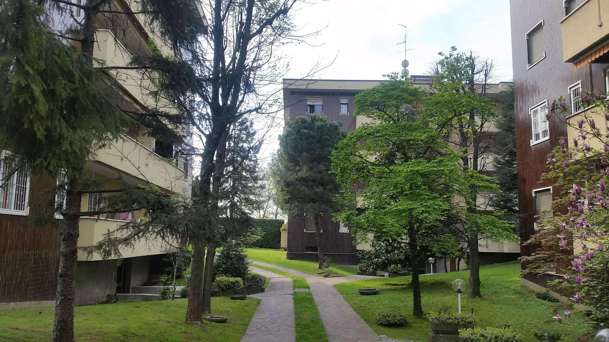 Appartamento in affitto a Rho, 4 locali, prezzo € 550 | Cambio Casa.it