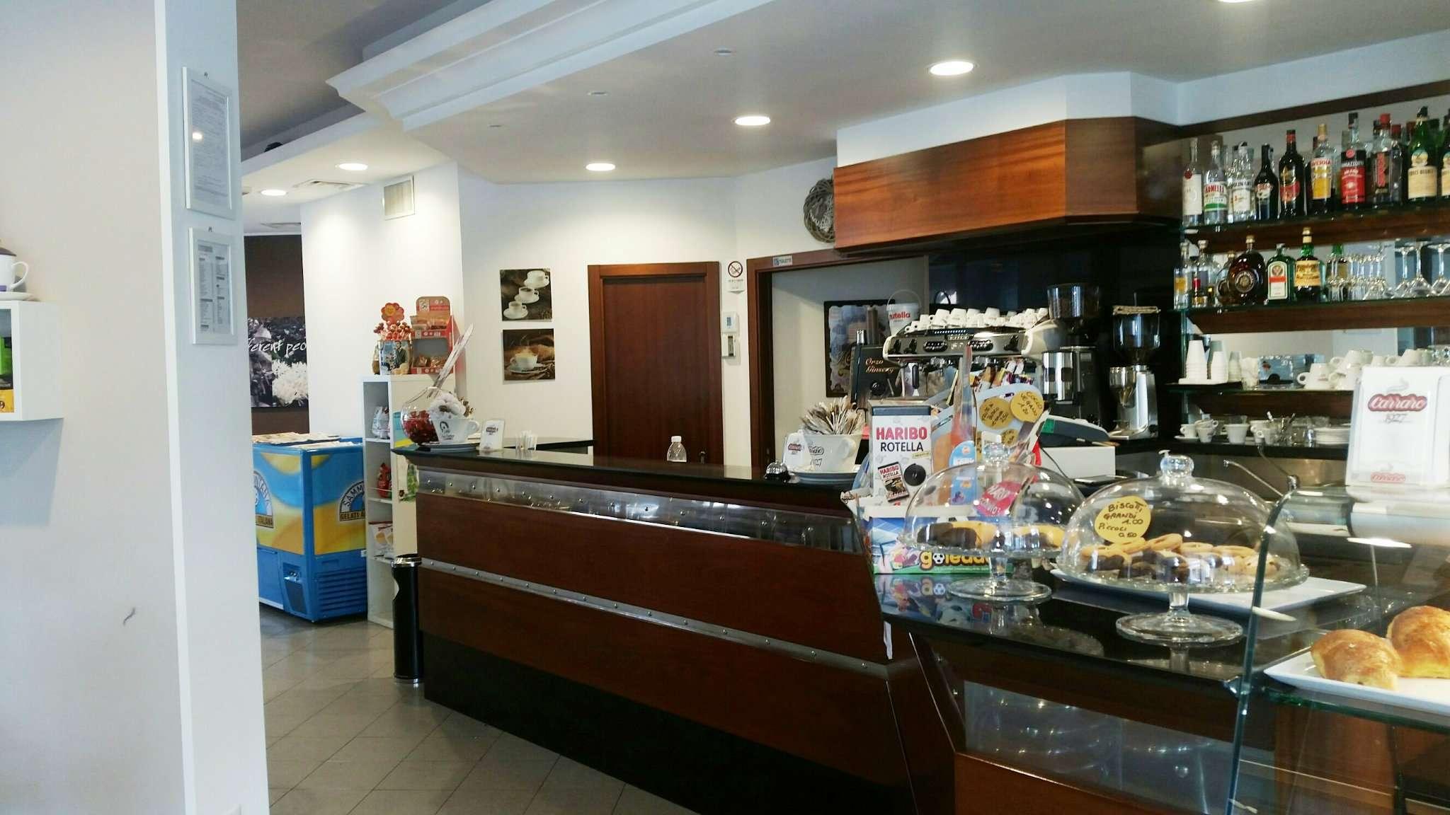 Negozio / Locale in vendita a Cattolica, 9999 locali, prezzo € 200.000   Cambio Casa.it