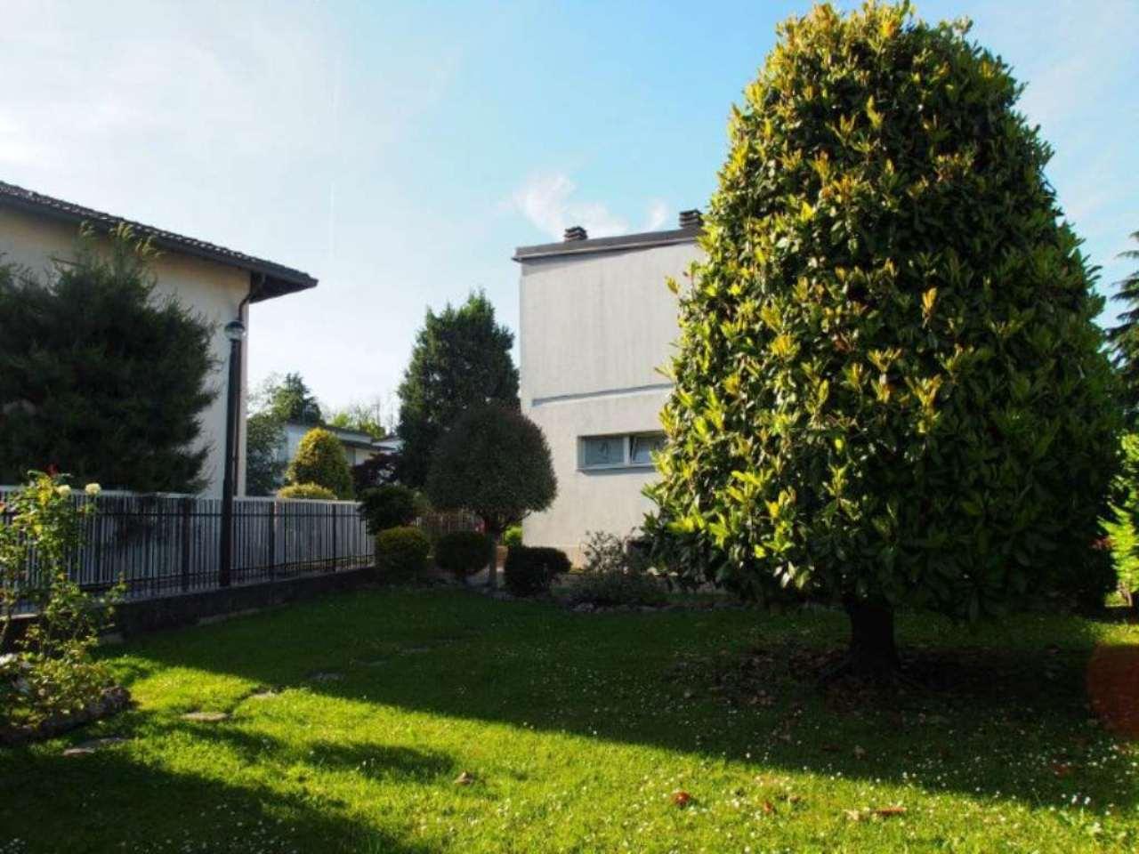 Soluzione Indipendente in vendita a Cesano Maderno, 4 locali, prezzo € 285.000 | Cambio Casa.it