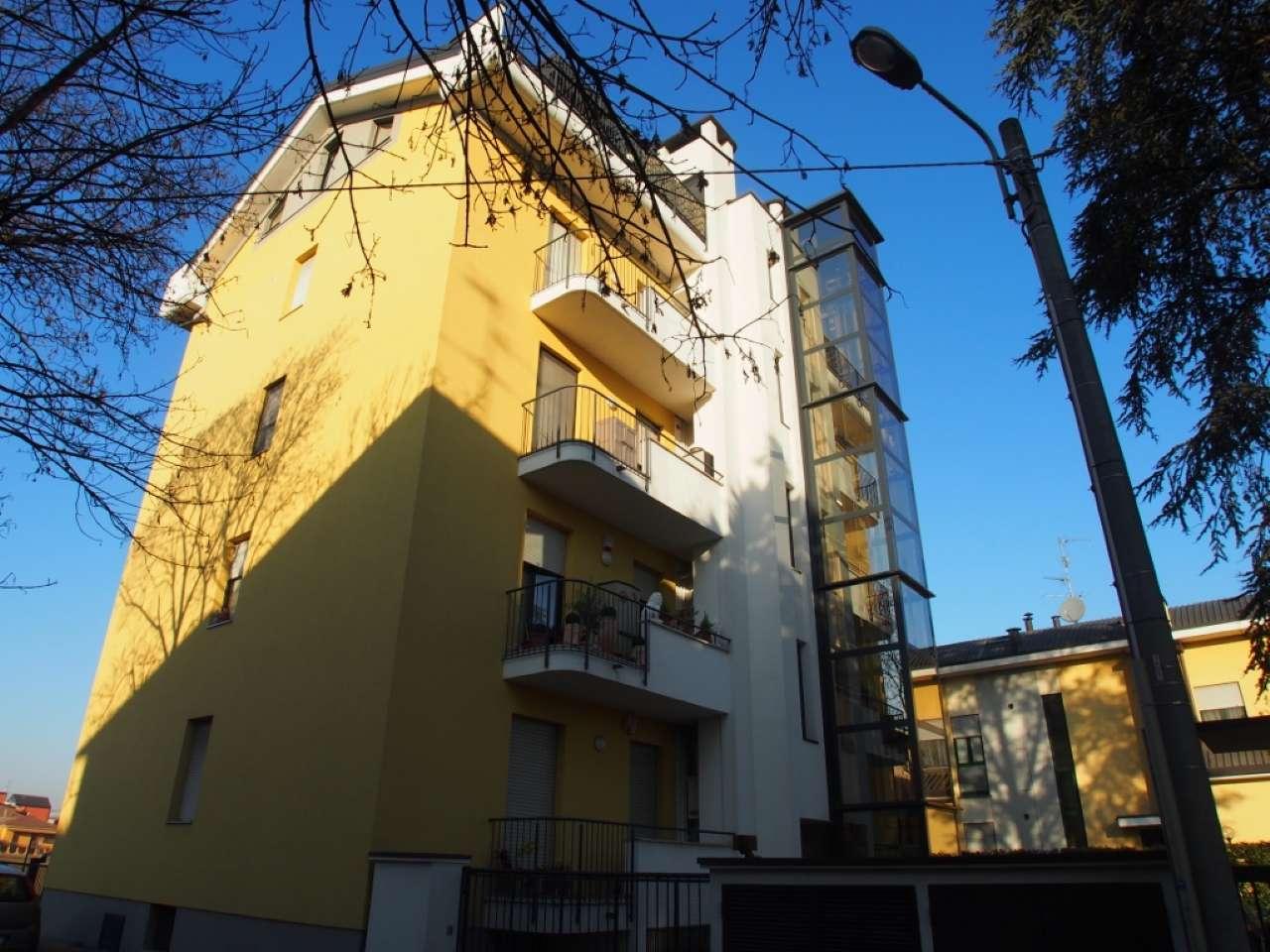 Appartamento in affitto a Muggiò, 3 locali, prezzo € 650   Cambio Casa.it