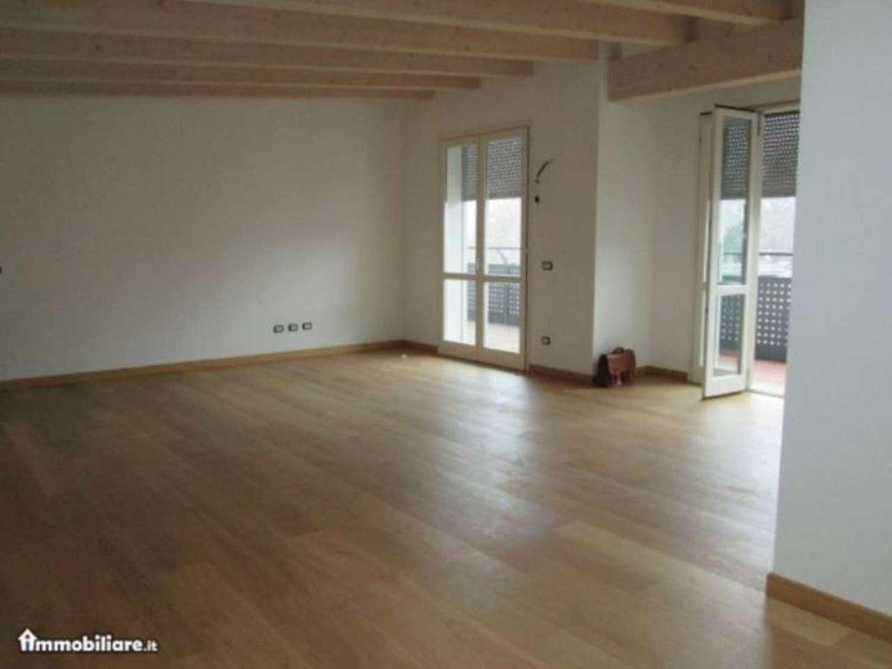 Attico / Mansarda in vendita a Cesano Maderno, 4 locali, prezzo € 295.000 | Cambio Casa.it