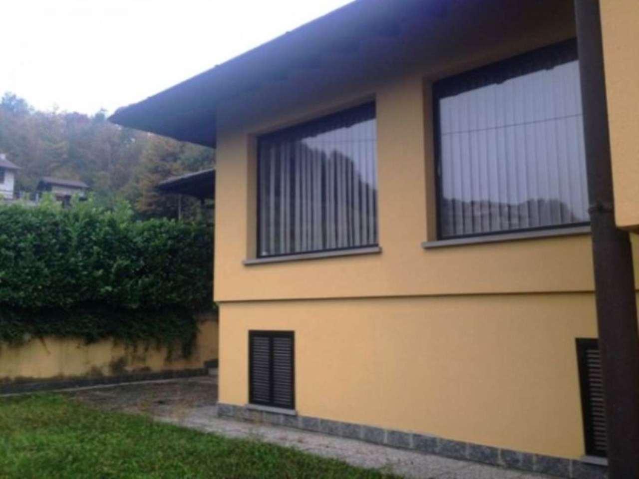 Villa in vendita a San Fedele Intelvi, 6 locali, prezzo € 500.000   Cambio Casa.it