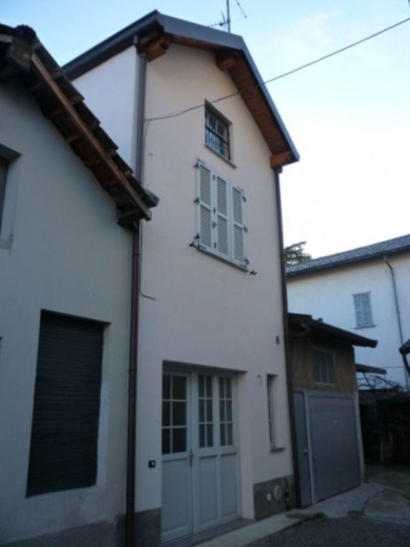 Soluzione Indipendente in vendita a Cesano Maderno, 2 locali, prezzo € 130.000 | Cambio Casa.it