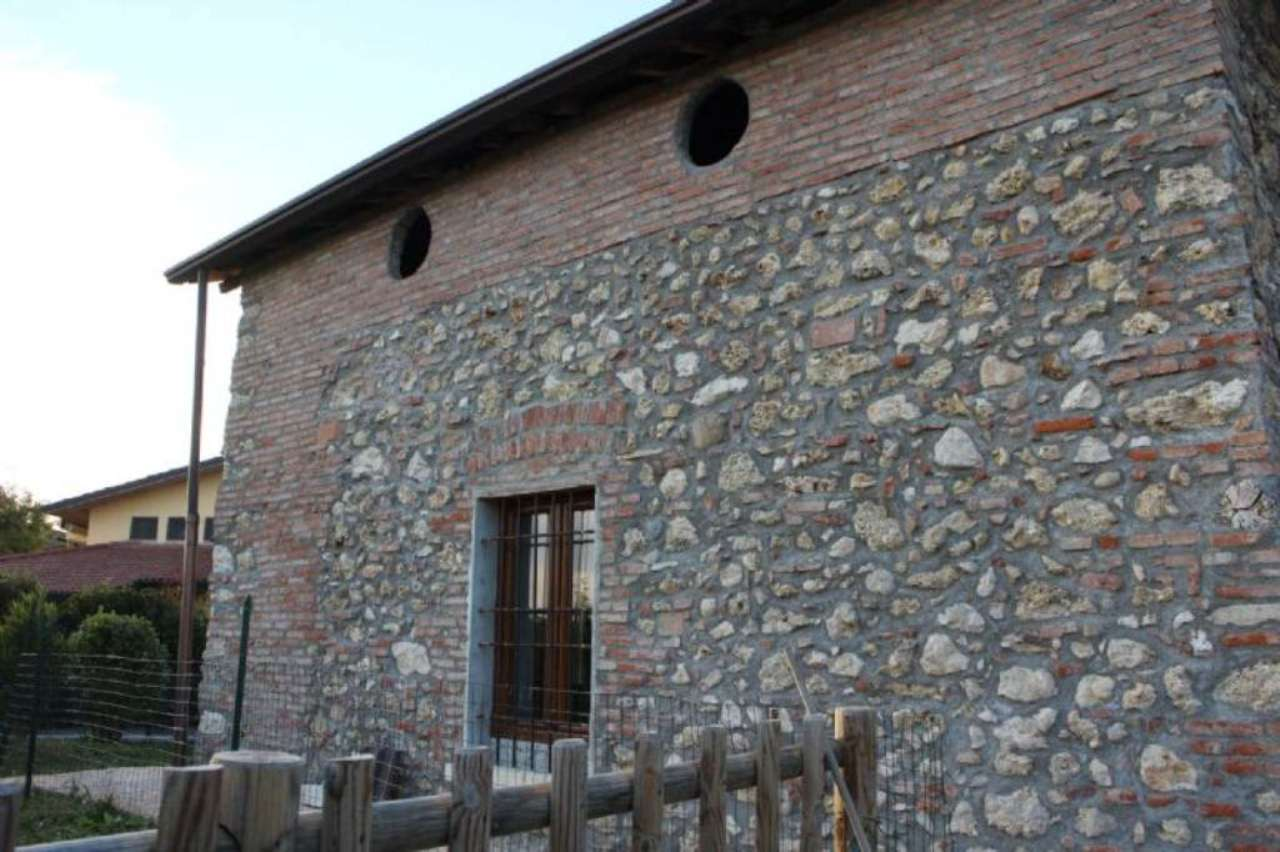 Soluzione Indipendente in vendita a Prevalle, 9999 locali, prezzo € 350.000 | Cambio Casa.it