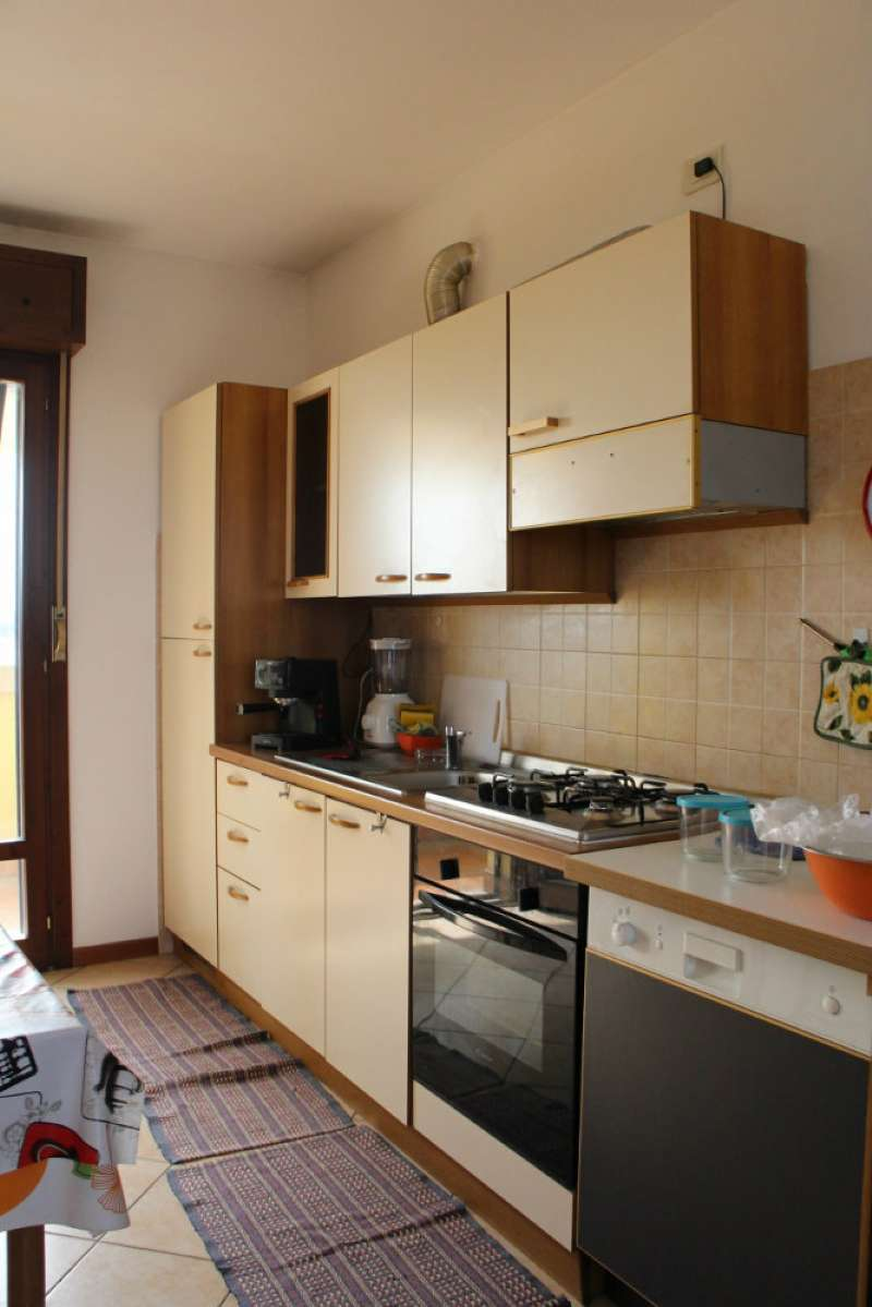 Appartamento in affitto a Mazzano, 2 locali, prezzo € 400   Cambio Casa.it