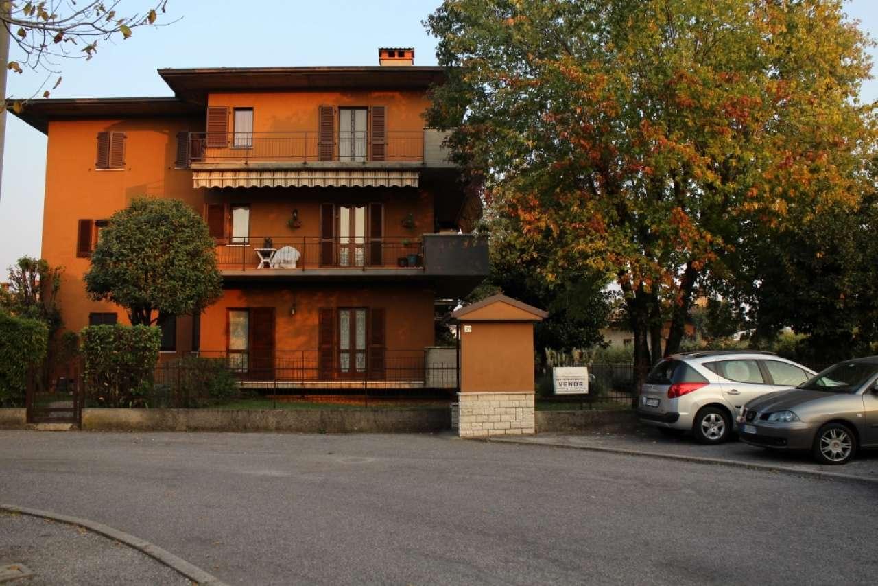 Appartamento in vendita a Rezzato, 3 locali, prezzo € 125.000 | CambioCasa.it