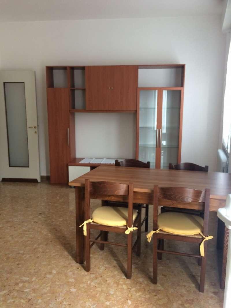 Appartamento in affitto a Mazzano, 2 locali, prezzo € 350   CambioCasa.it