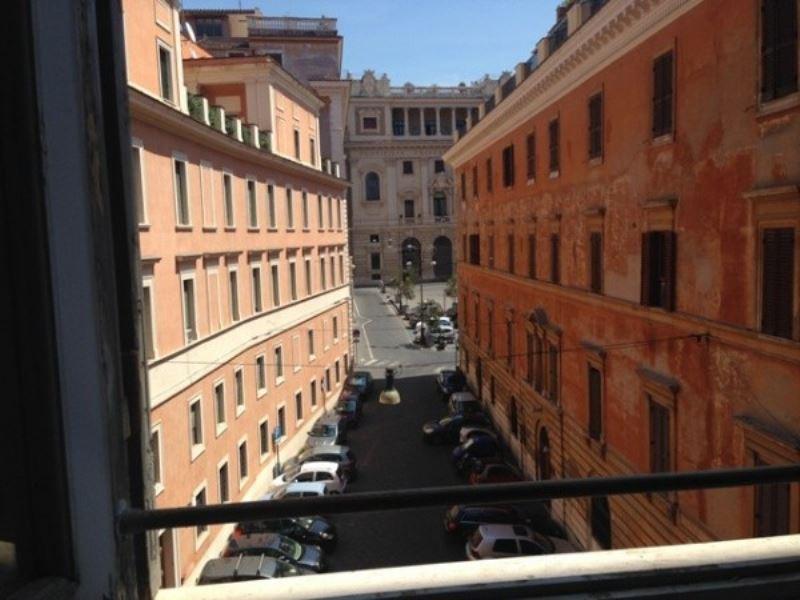 Appartamenti in vendita zona 01 centro storico a roma for Appartamenti centro roma