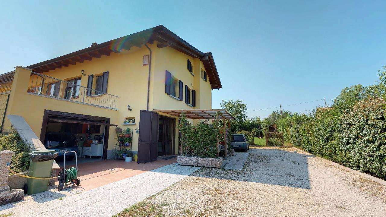 Foto 1 di Appartamento via Canale, Medicina