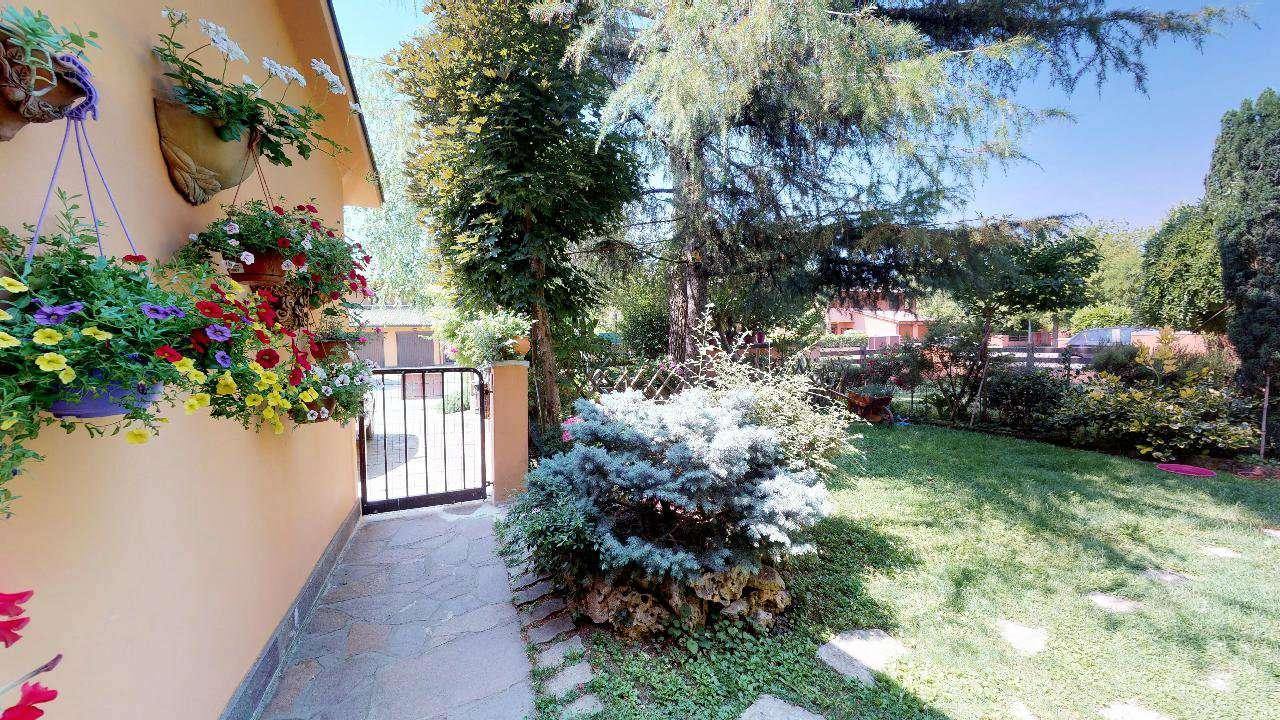 Foto 1 di Appartamento via Basoli, Castel Guelfo Di Bologna