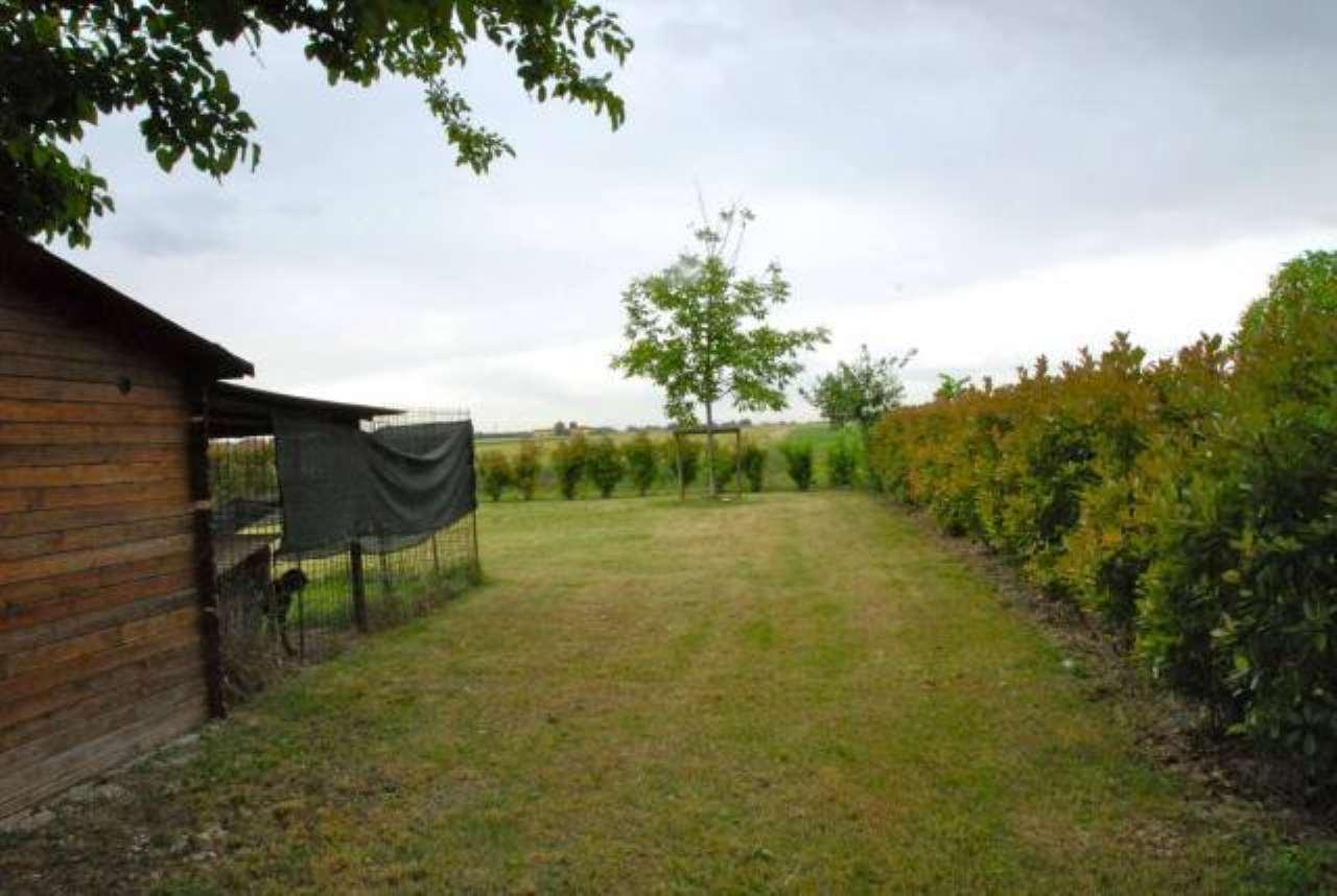 MD1209 Porzione di casale di campagna ristrutturato a Villa Fontana