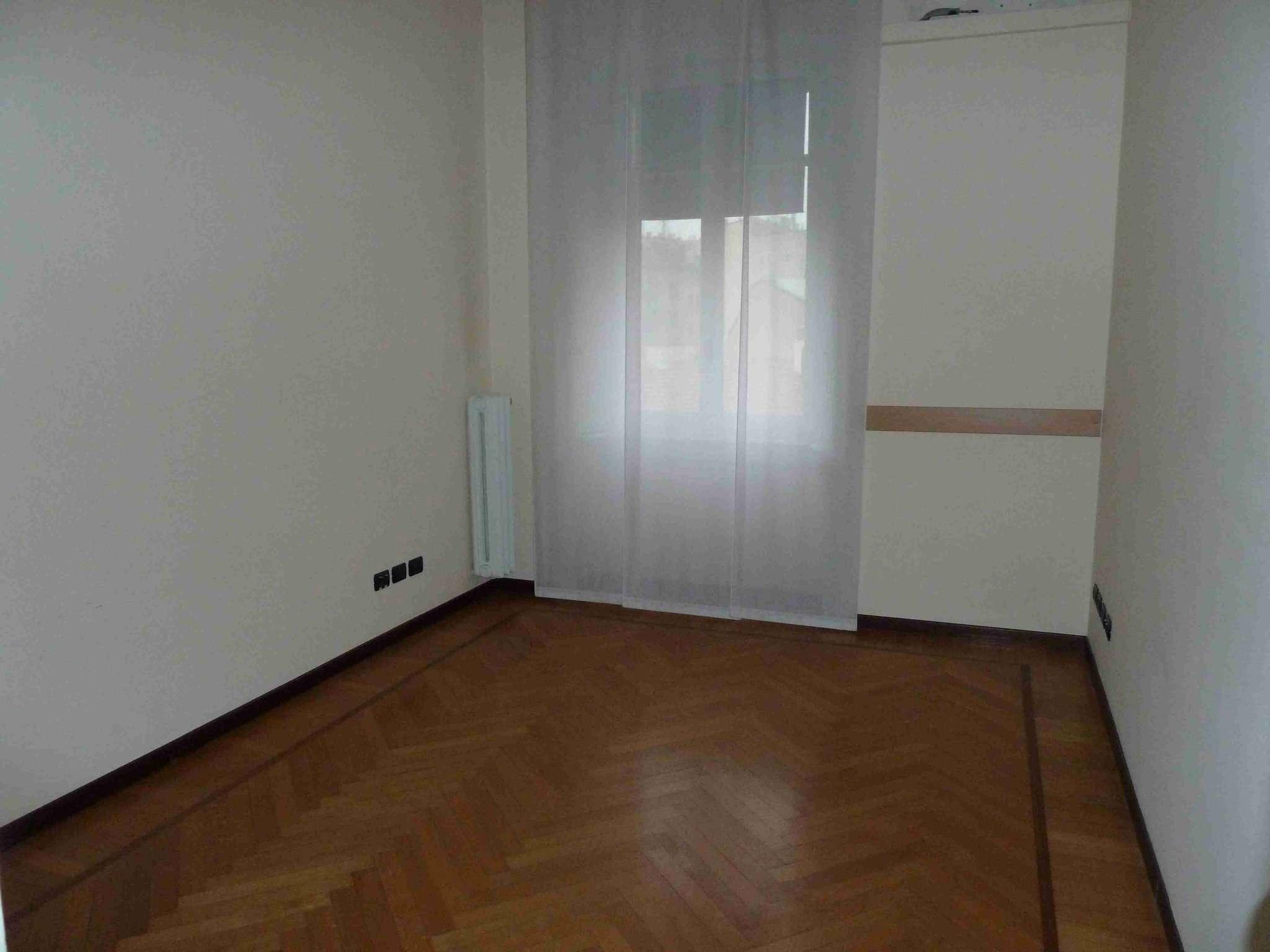 Milano Affitto UFFICIO Immagine 2