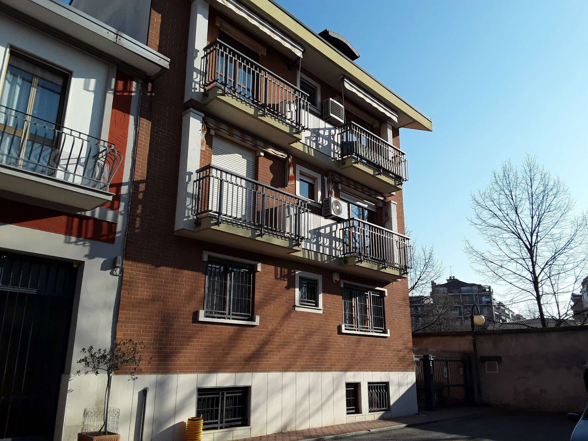 Foto 1 di Quadrilocale via CARAGLIO 113, Torino (zona Cenisia, San Paolo)