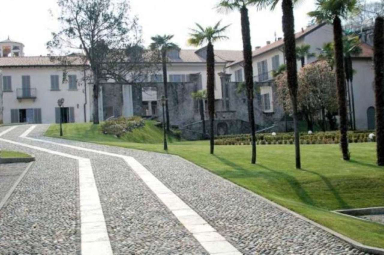 Bilocale Arona Via San Carlo 8