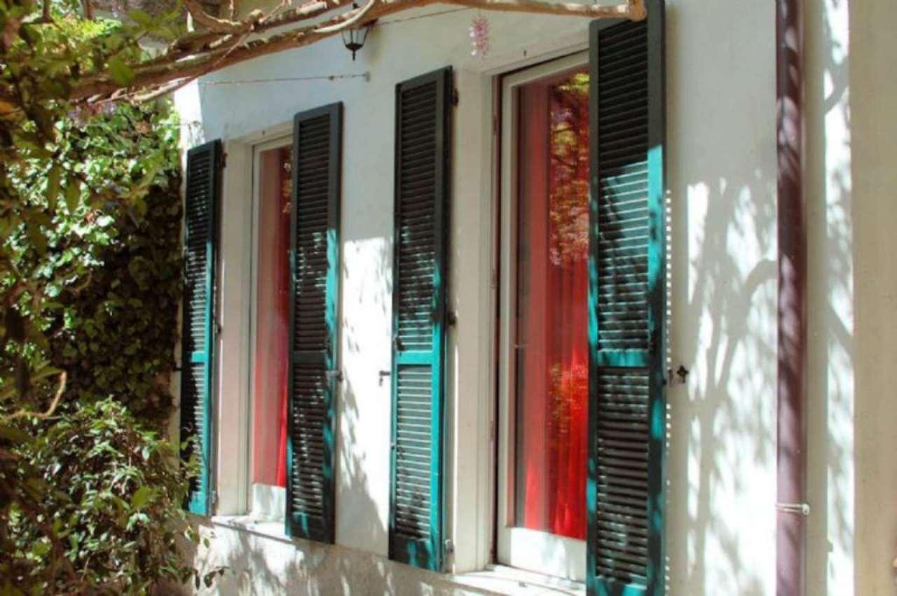 Bilocale Arona Via Baglioni 6