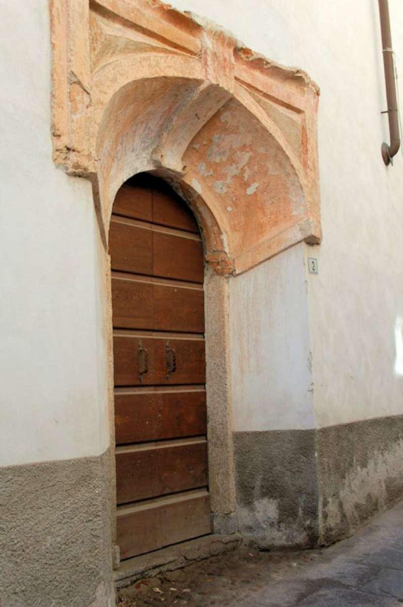 Bilocale Arona Via Baglioni 8