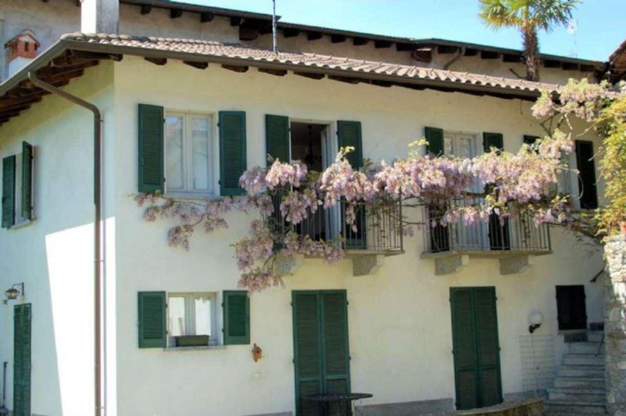 Bilocale Arona Via Baglioni 9