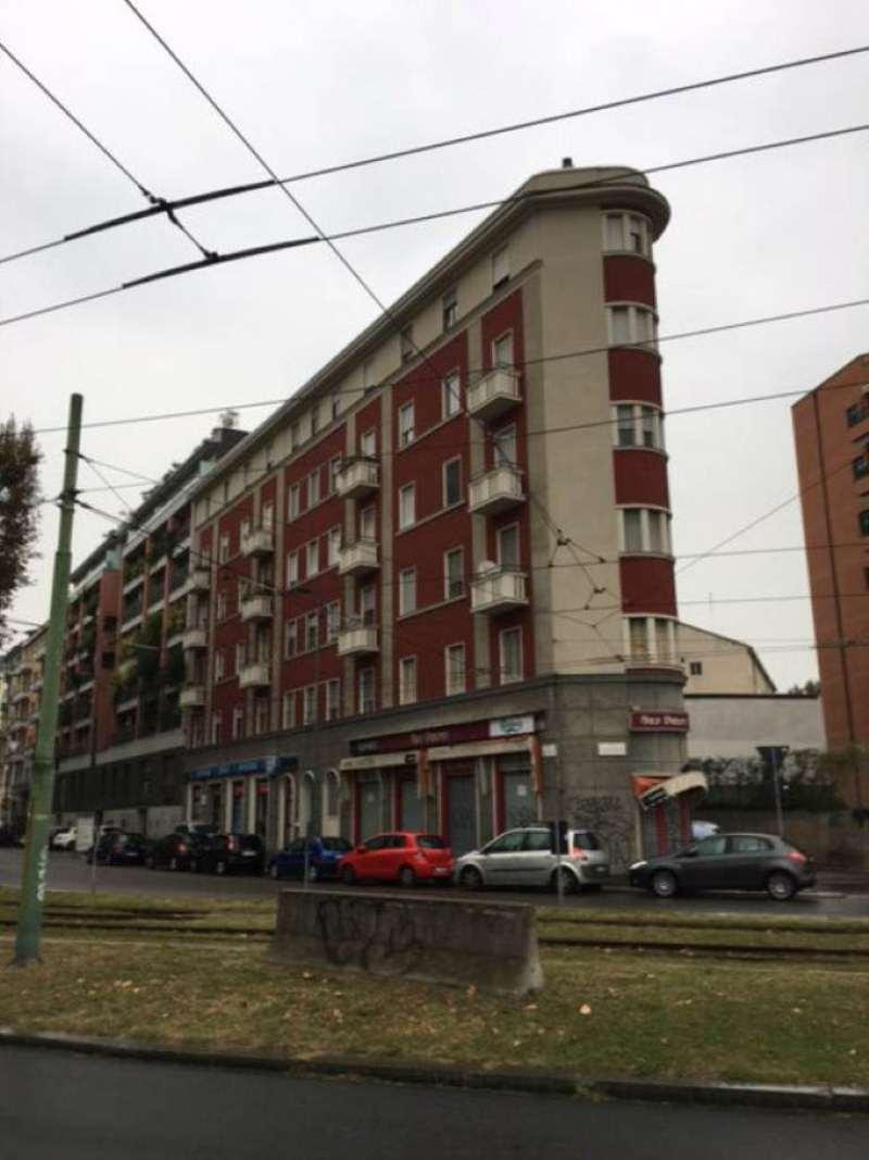 Bilocale Milano Viale Torelli 1