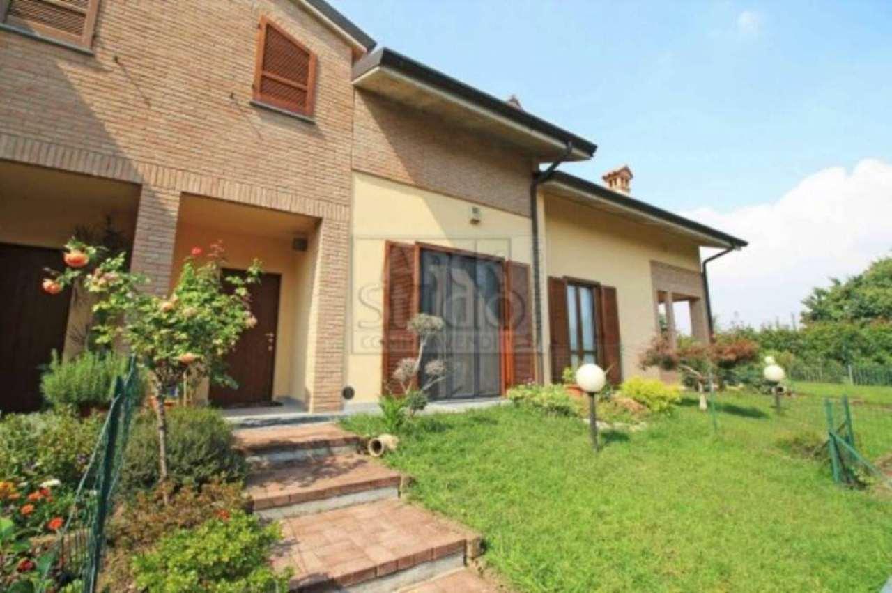 Villa in vendita a Cassano d'Adda, 5 locali, prezzo € 295.000   Cambio Casa.it