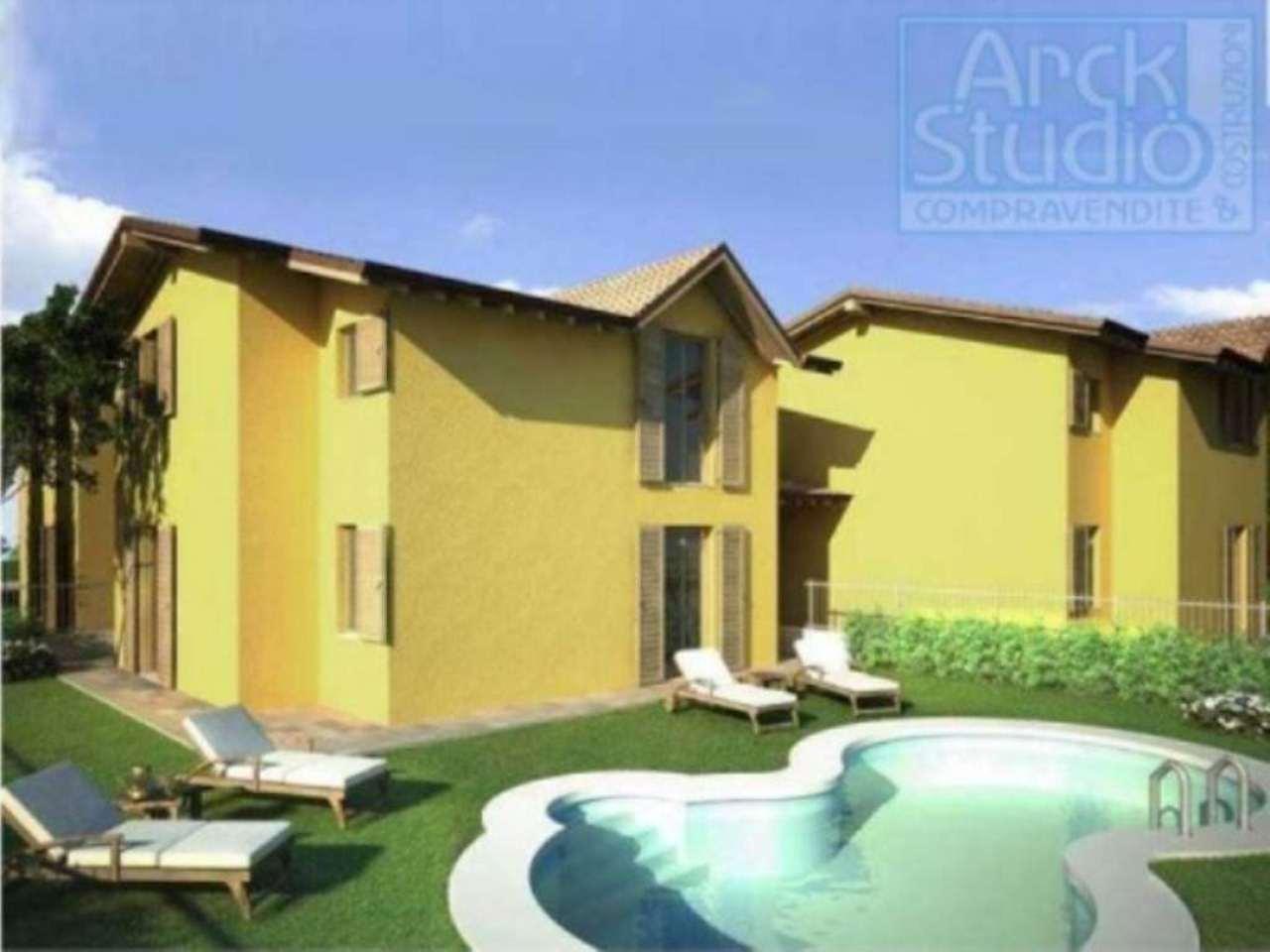 Villa in vendita a Cassano d'Adda, 4 locali, prezzo € 330.000   Cambio Casa.it
