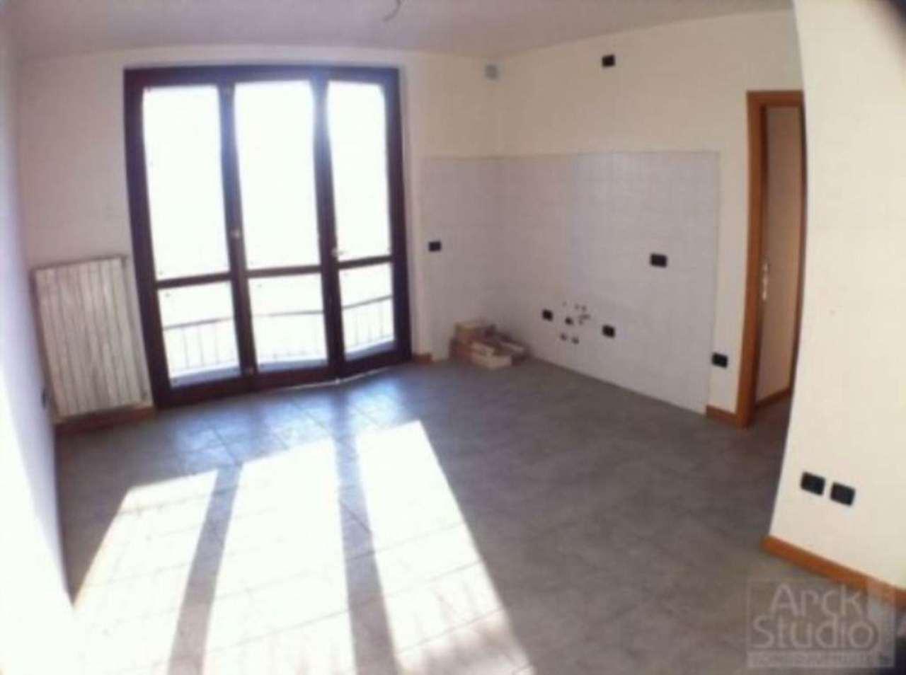Bilocale Cassano d Adda Via Tornaghi,59 6