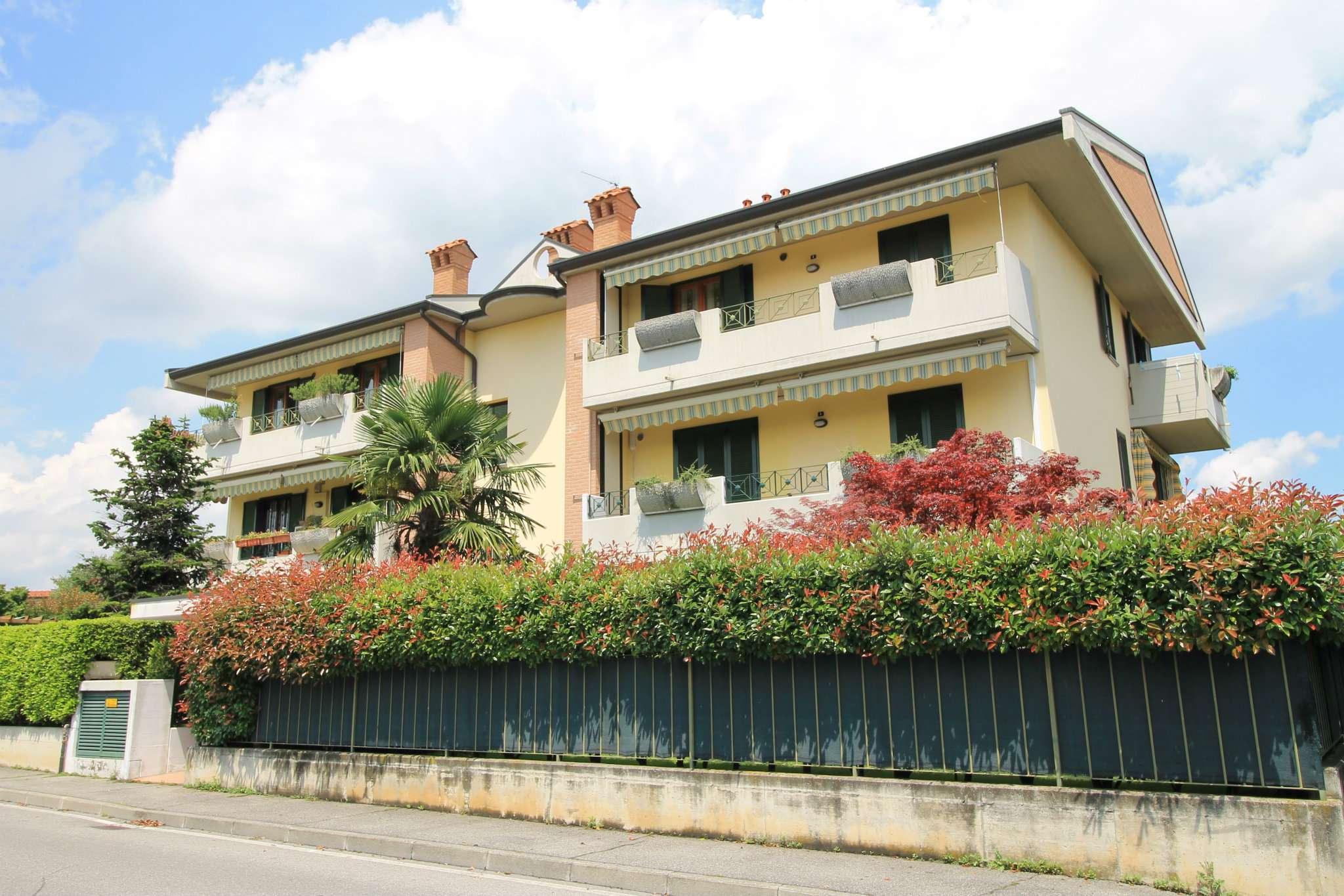 Bilocale Boltiere Via Locatelli 1