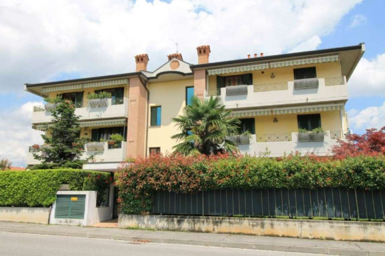 Bilocale Boltiere Via Locatelli 12