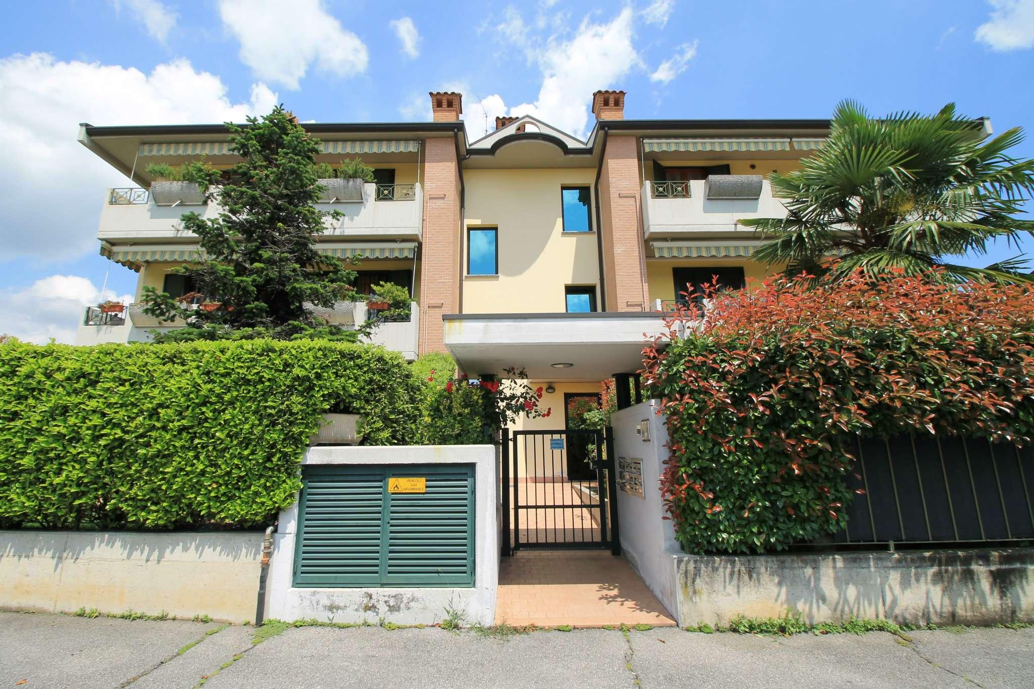 Bilocale Boltiere Via Locatelli 10