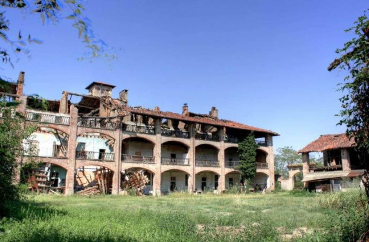 Rustico / Casale in vendita a Cassano d'Adda, 10 locali, Trattative riservate | Cambio Casa.it