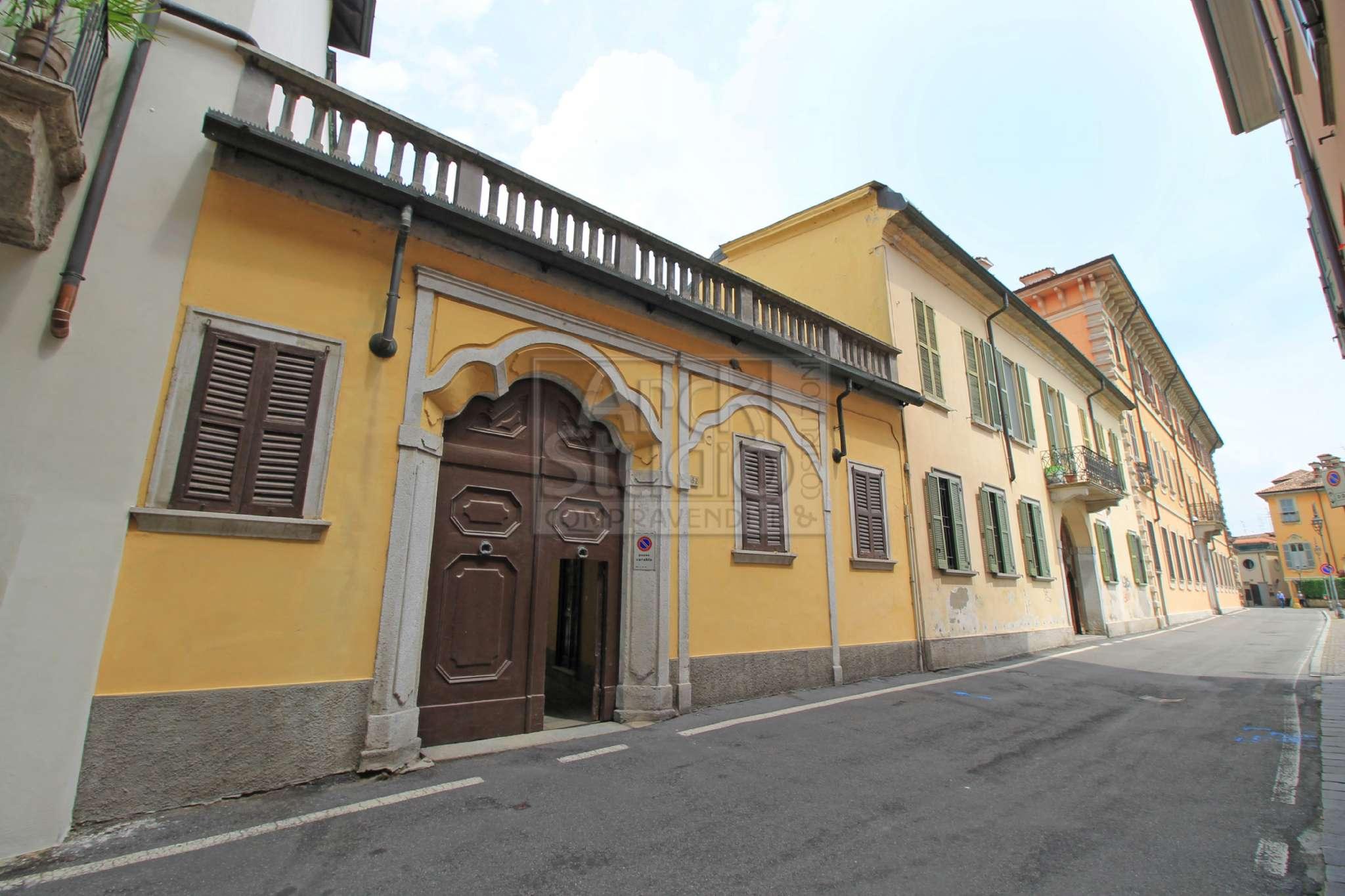Soluzione Indipendente in vendita a Cassano d'Adda, 9999 locali, Trattative riservate | CambioCasa.it
