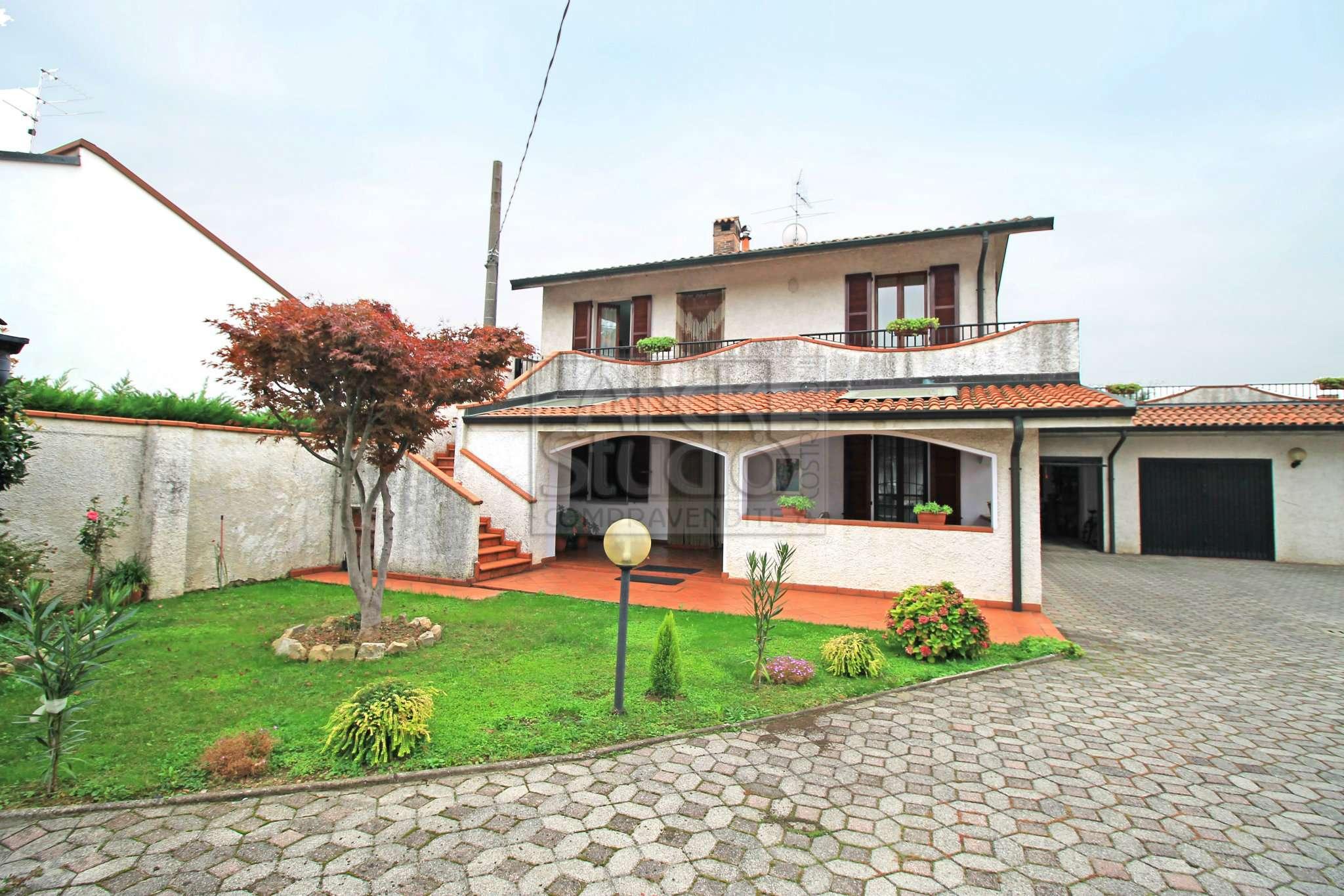 Soluzione Indipendente in vendita a Cassano d'Adda, 3 locali, prezzo € 240.000 | CambioCasa.it