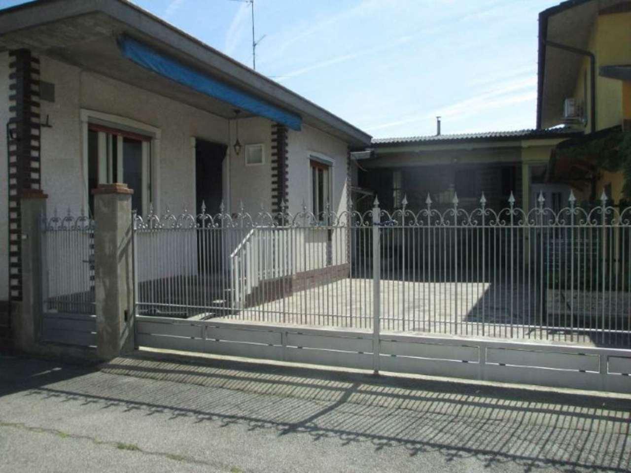 Villa in Vendita a Trigolo