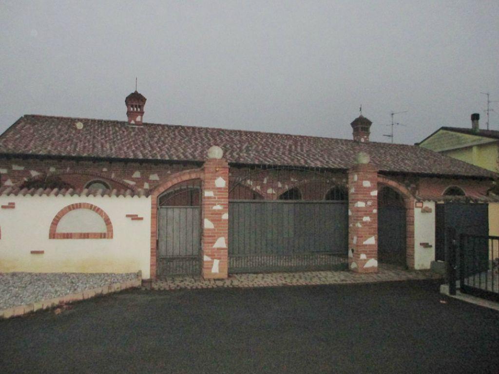 Soluzione Indipendente in vendita a Grumello Cremonese ed Uniti, 4 locali, prezzo € 310.000 | Cambio Casa.it