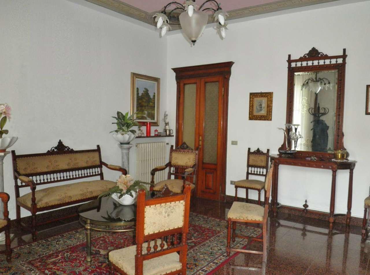 Altro in vendita a Soresina, 7 locali, prezzo € 430.000 | CambioCasa.it