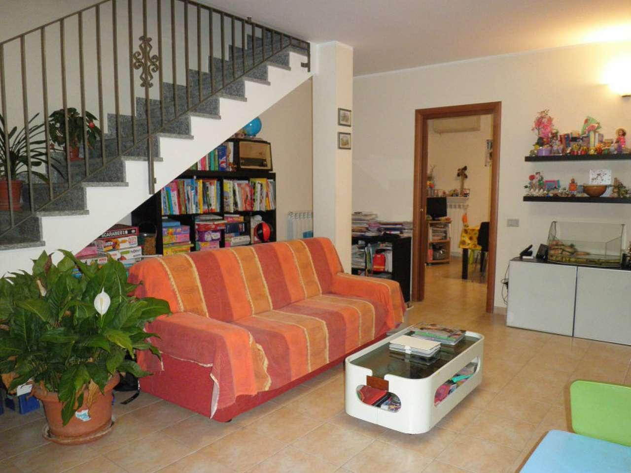 Villa Bifamiliare in vendita a Soresina, 4 locali, prezzo € 165.000 | CambioCasa.it