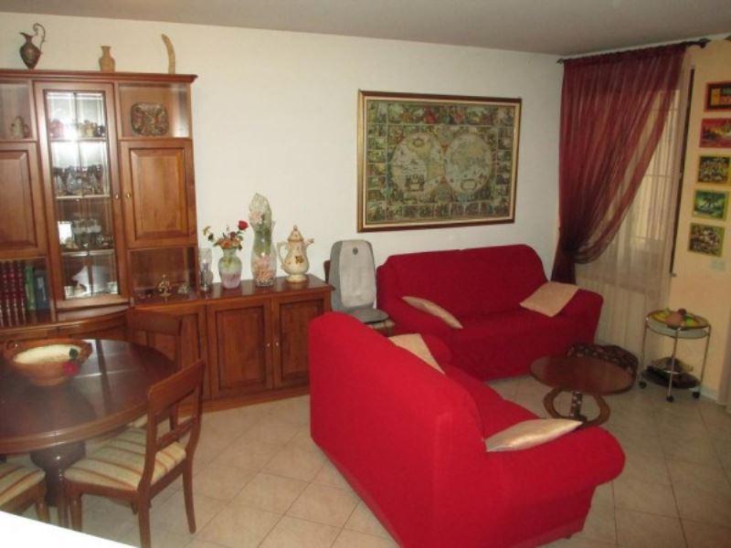 Villa in vendita a Soresina, 3 locali, prezzo € 185.000 | Cambio Casa.it