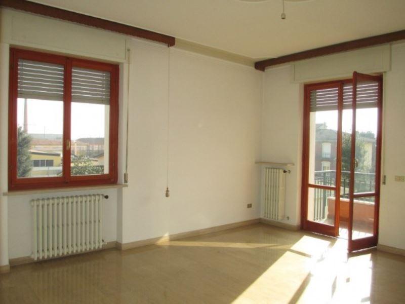 Appartamento in vendita a Soresina, 3 locali, prezzo € 90.000 | CambioCasa.it