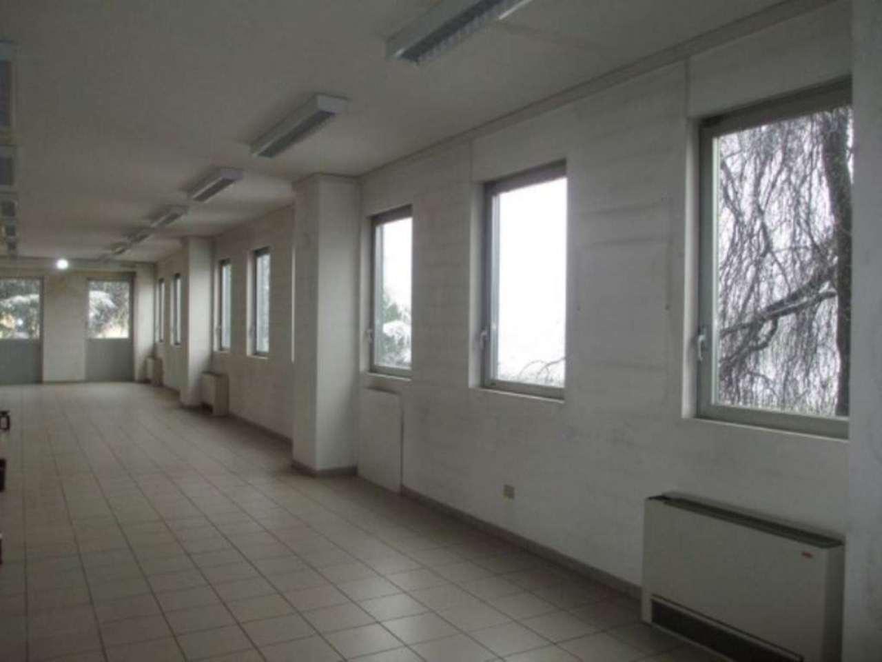 Negozio / Locale in affitto a Soresina, 6 locali, Trattative riservate | Cambio Casa.it