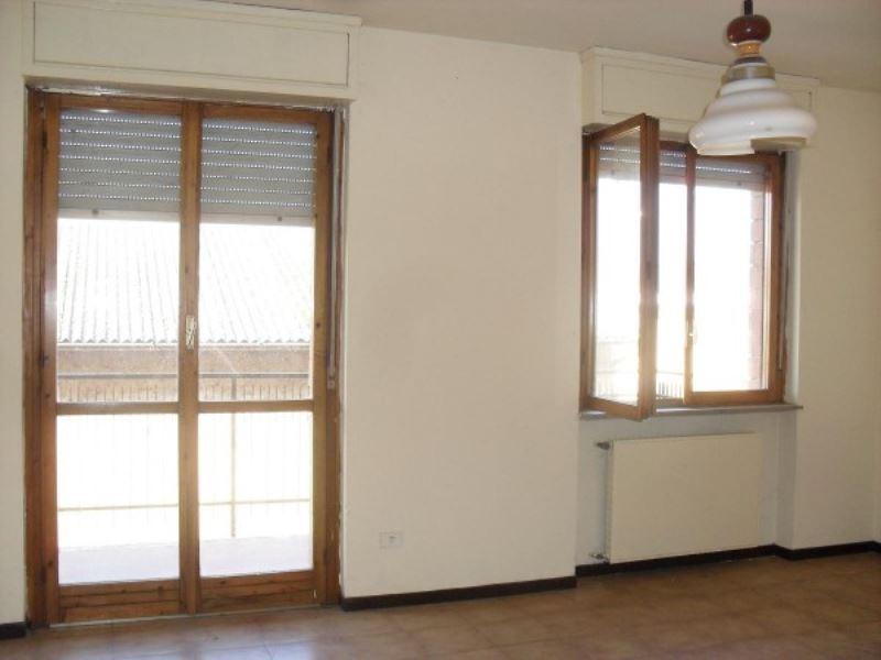 Appartamento in vendita a Cumignano sul Naviglio, 3 locali, prezzo € 40.000 | Cambio Casa.it