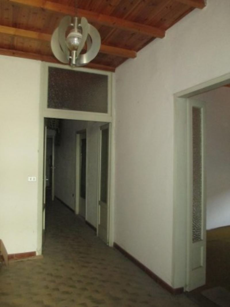 Palazzo / Stabile in Vendita a Soresina